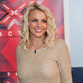 Britney Spears in X Factor Auditions - Arrivals - britney-spears-x-factor-audition-05
