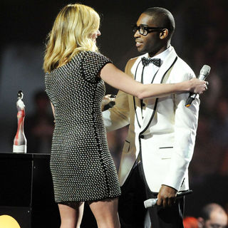 Fearne Cotton, Tinie Tempah in The BRIT Awards 2011 - Inside