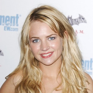 Brittany Robertson in Comic Con 2011 Day 3 - Entertainment Weekly Party - Arrivals