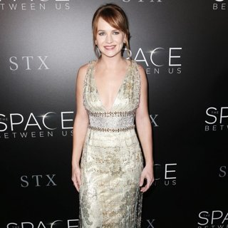 Brittany Robertson-Premiere of STX Entertainment's The Space Between Us