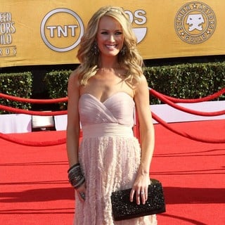 Brooke Anderson in The 18th Annual Screen Actors Guild Awards - Arrivals