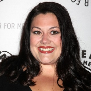 Brooke Elliott in Drop Dead Diva: Season 1 Finale