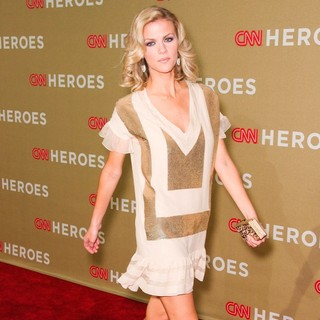 Brooklyn Decker in 2011 CNN Heroes: An All-Star Tribute