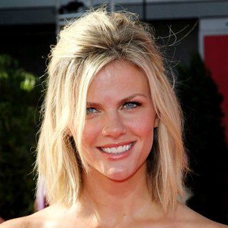 Brooklyn Decker in The 2011 ESPY Awards