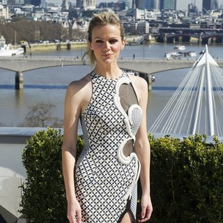 Brooklyn Decker in The London Photocall for Battleship