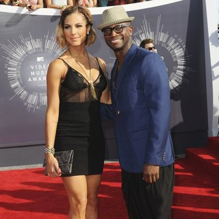 Amanza Smith Brown, Taye Diggs in 2014 MTV Video Music Awards - Arrivals