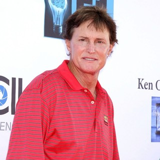 Bruce Jenner in The 5th Annual George Lopez Celebrity Golf Classic - Arrivals