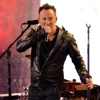 Bruce Springsteen - World AIDS Day 2014 Concert