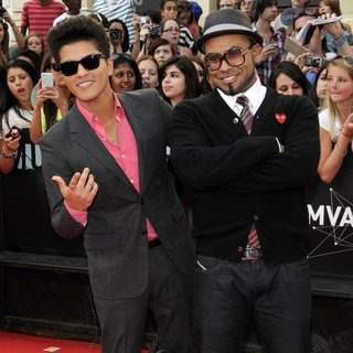 Bruno Mars in 22nd Annual MuchMusic Video Awards - Arrivals