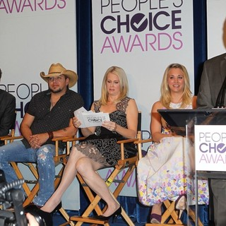 Mark Burnett, Jason Aldean, Monica Potter, Kaley Cuoco, Anthony Anderson in The 2013 People's Choice Awards Nominee Announcements