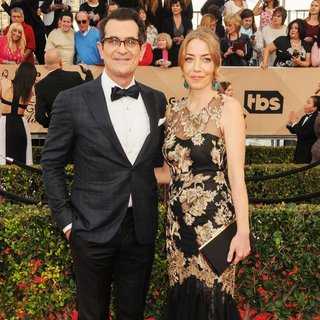 Ty Burrell, Holly Burrell in 22nd Annual Screen Actors Guild Awards - Arrivals