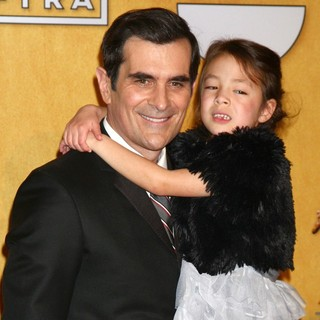 Ty Burrell, Aubrey Anderson-Emmons in 19th Annual Screen Actors Guild Awards - Press Room