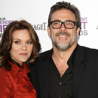 Hilarie Burton, Jeffrey Dean Morgan in 27th Annual Independent Spirit Awards - Arrivals