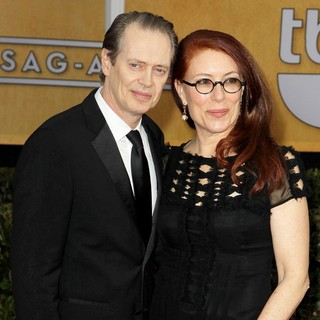 Steve Buscemi, Jo Andres in 19th Annual Screen Actors Guild Awards - Arrivals