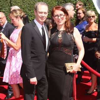 Steve Buscemi, Jo Andres in 2014 Creative Arts Emmy Awards - Arrivals