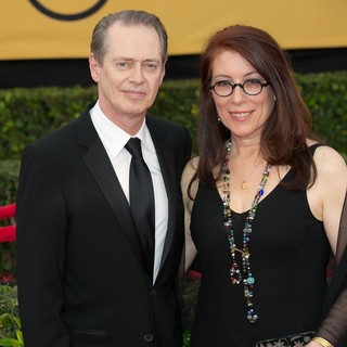 Steve Buscemi, Jo Andres in 21st Annual SAG Awards - Arrivals