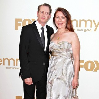 Steve Buscemi, Jo Andres in The 63rd Primetime Emmy Awards - Arrivals
