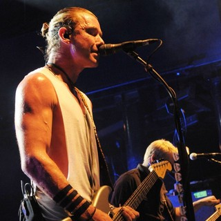 Gavin Rossdale, Corey Britz, Bush in Bush Perform Live