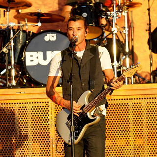 Gavin Rossdale, Bush in Bush Performing at The 'Epicenter Twenty Ten' Event