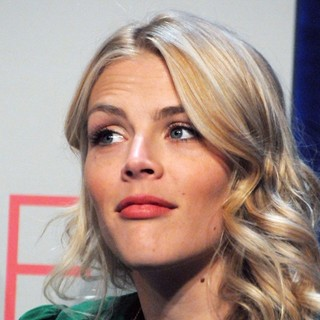 Busy Philipps in People's Choice Awards 2012 Nominations Press Conference