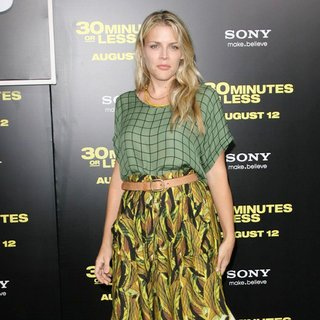 Los Angeles Premiere of 30 Minutes or Less - busy-philipps-premiere-of-30-minutes-or-less-02