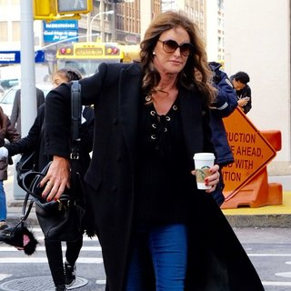 Caitlyn Jenner Visits A Starbucks in New York