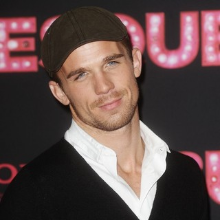 Cam Gigandet in Burlesque Photocall