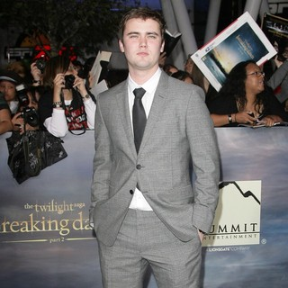 Cameron Bright in The Premiere of The Twilight Saga's Breaking Dawn Part II - cameron-bright-premiere-breaking-dawn-2-02