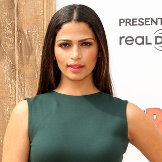 Camila Alves in World Premiere of Free Birds