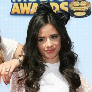 Camila Cabello, Fifth Harmony in Radio Disney Music Awards 2014