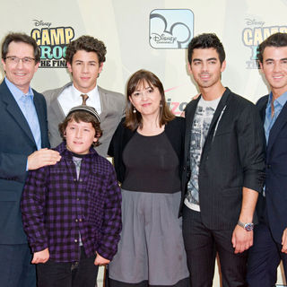 Gary Marsh, Jonas Brothers, Nick Jonas, Frankie Jonas, Carolina Lightcap, Joe Jonas, Kevin Jonas in World Premiere of 'Camp Rock 2: The Final Jam'