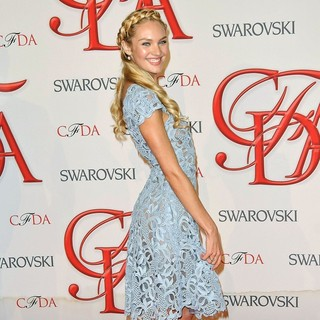Candice Swanepoel in 2012 CFDA Fashion Awards - candice-swanepoel-2012-cfda-fashion-awards-02