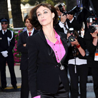 Emmanuelle Beart in 2010 Cannes International Film Festival - Day 12 - Palme d'Or Closing Ceremony Red Carpet Arrivals - cannes_07_wenn2859458