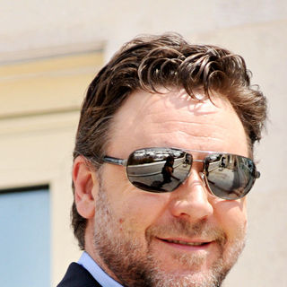 Russell Crowe in The 2010 Cannes Film Festival - Day 1