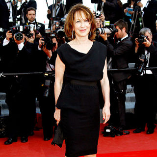 Nathalie Baye in 2010 Cannes International Film Festival - Day 12 - Palme d'Or Closing Ceremony Red Carpet Arrivals