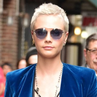 Cara Delevingne-Cara Delevingne Arrives at The Late Show with Stephen Colbert