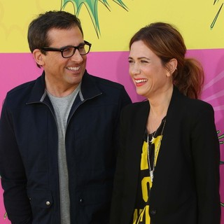 Steve Carell, Kristen Wiig in Nickelodeon's 26th Annual Kids' Choice Awards - Arrivals