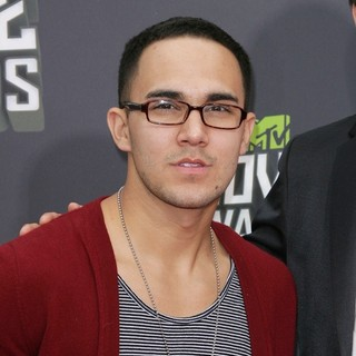 Carlos Pena Jr., Big Time Rush in 2013 MTV Movie Awards - Arrivals
