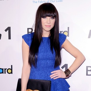 Carly Rae Jepsen in 2012 Billboard Women in Music Luncheon - Arrivals - carly-rae-jepsen-2012-billboard-women-in-music-luncheon-01
