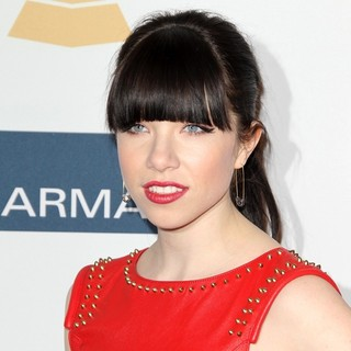 Carly Rae Jepsen in Clive Davis and The Recording Academy's 2013 Pre-Grammy Gala and Salute to Industry Icons