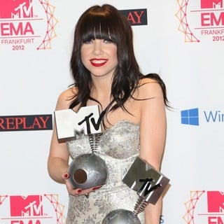 Carly Rae Jepsen in The MTV EMA's 2012 - Press Room