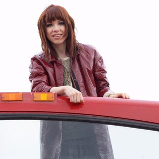 Carly Rae Jepsen in Carly Rae Jepsen Honored by The Ride of Fame