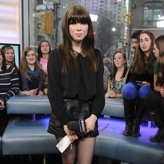 Carly Rae Jepsen - Carly Rae Jepsen Visits Much Music's New.Music.Live Show