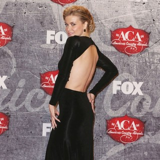 Carmen Electra in 2012 American Country Awards - Press Room