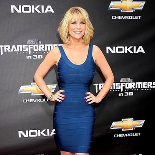 New York Premiere of Transformers Dark of the Moon - carrie-keagan-premiere-transformers-dark-of-the-moon-02