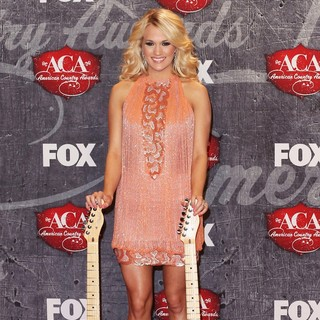 Carrie Underwood in 2012 American Country Awards - Press Room
