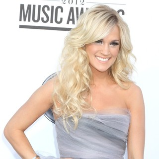 Carrie Underwood in 2012 Billboard Music Awards - Arrivals