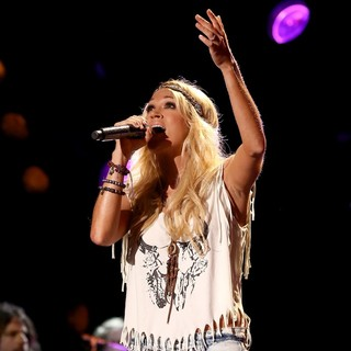 Carrie Underwood in The 2013 CMA Music Festival - Day 4
