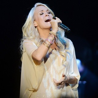 Carrie Underwood Performing Live in Concert