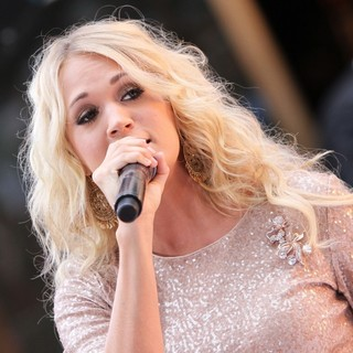 Carrie Underwood in Carrie Underwood Performs Live as Part of The Toyota Concert Series
